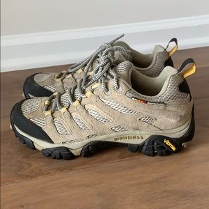 Merrell Hiking Boots Moab Ventilator Size 7